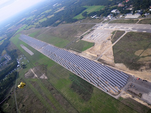 "Image - rosa Photovoltaik® versichert ""Solarpark TIP Cottbus"" der BKO nature power GmbH"
